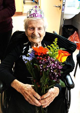 Rachel Zibula Celebrating Her 100th Birthday in November 2017 (©simon@myeclecticimages.com)