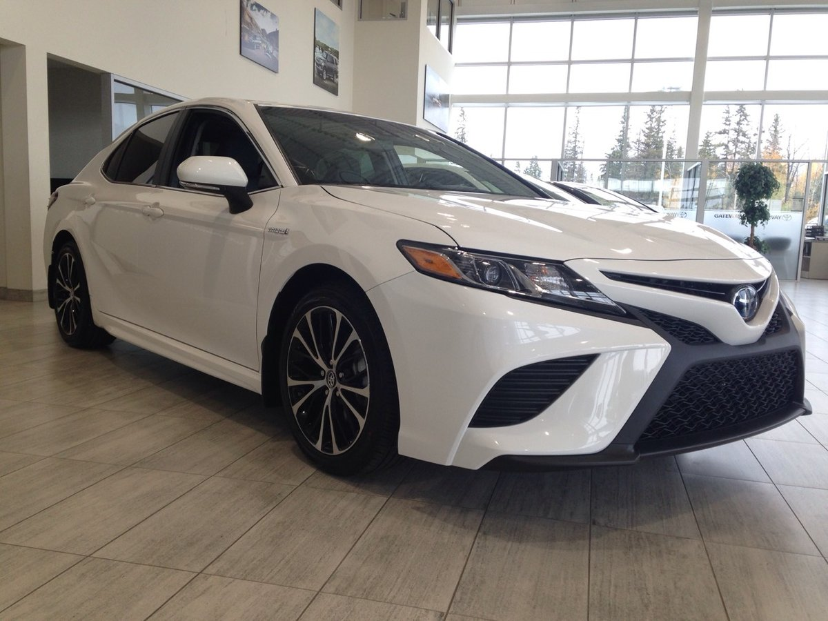 all new camry 2018 philippines kijang innova 2.4 v a/t diesel toyota hybrid for sale in edmonton