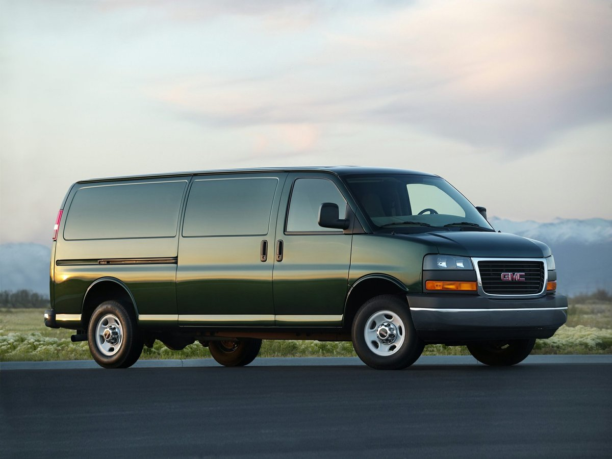 2017 GMC Savana 2500 for sale in Victoria, British Columbia