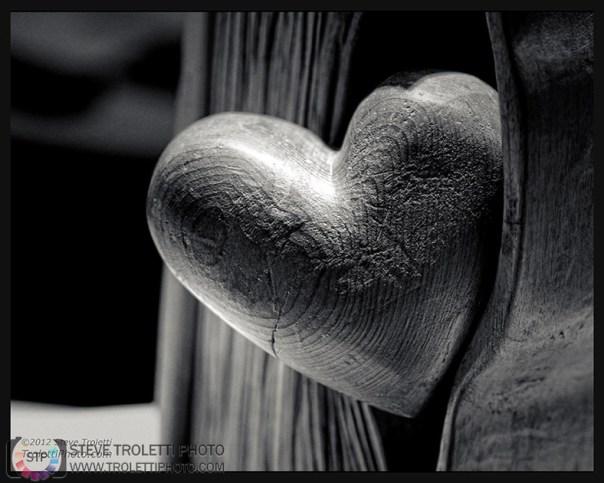 Sculpture: - Un cœur se livre - par Alain Stanké
