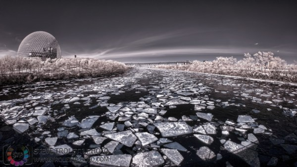Steve Troletti Editorial, Nature and Wildlife Photographer: PICTURE OF THE DAY / PHOTO DU JOUR &emdash; Ice floating away on the St-Lawrence River