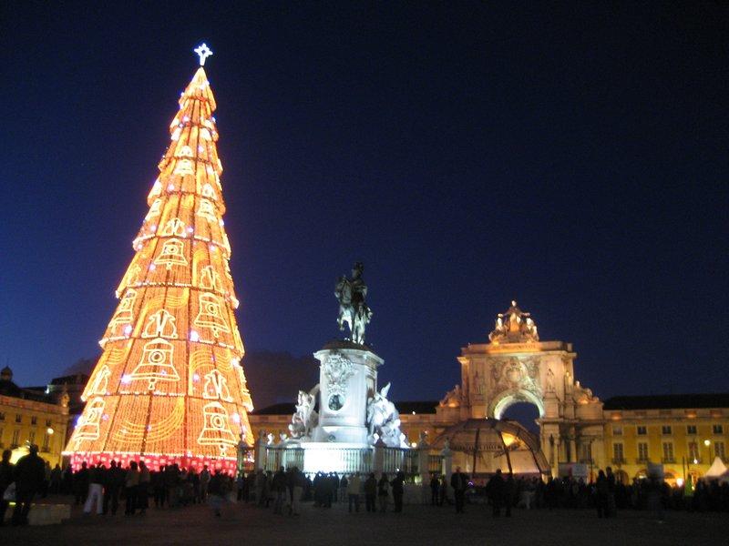 Lisbon Christmas Tree Portugal Travellerspoint Travel