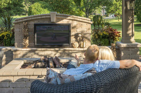 Outdoor Living Patio With Brussels Dimensional Wall And