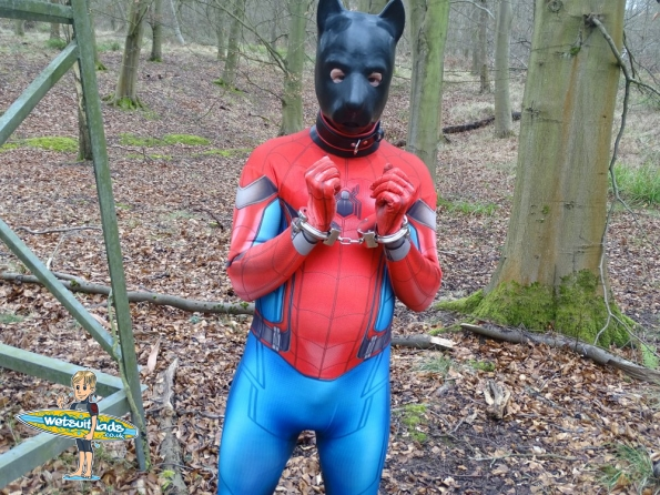 Spider-Man Homecoming Morphsuit + pup hood