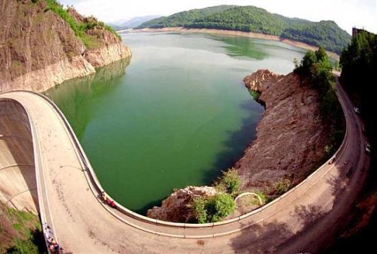 Vidraru Dam and Lake - ARGES highlights summer tour ~ ROMANIA car transfer