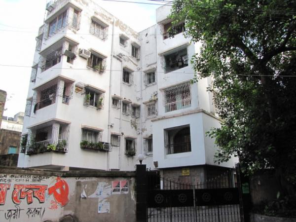 651 Bondel Road Kolkata Apartment Building