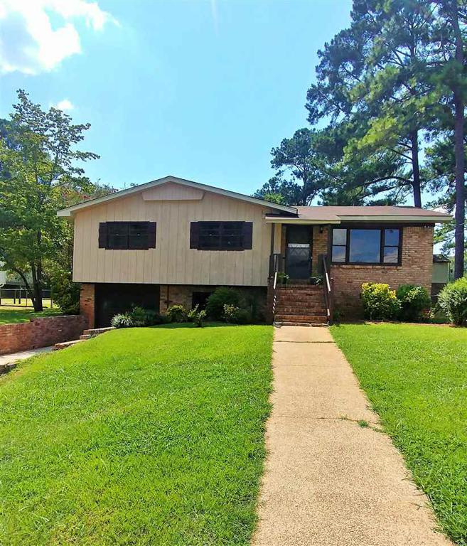 Property for sale at 3358 Crescent Dr, Hueytown,  Alabama 35023