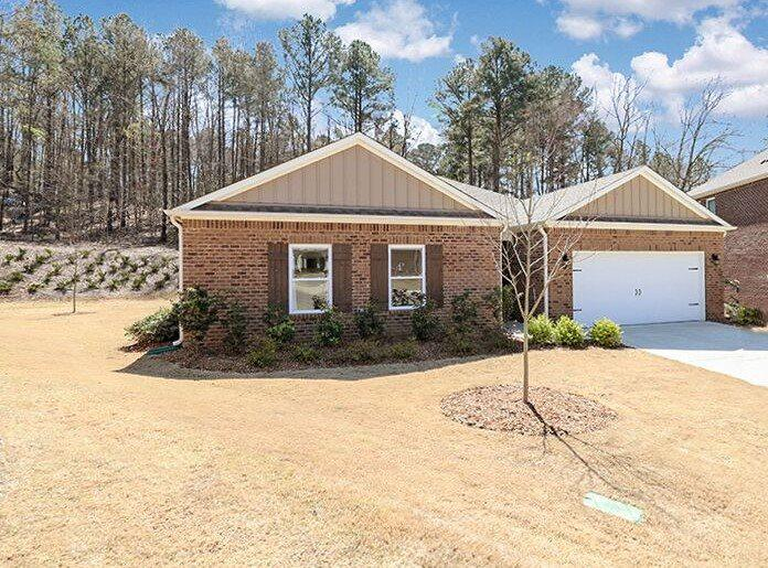 Property for sale at 7035 Pine Mountain Cir, Gardendale,  Alabama 35071