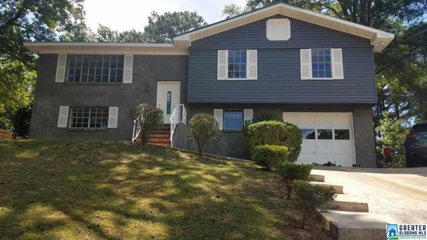 Property for sale at 707 Hillcrest Rd, Adamsville,  Alabama 35005