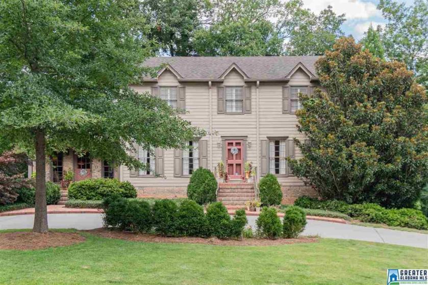 Property for sale at 1293 Branchwater Ln, Vestavia Hills,  Alabama 35216