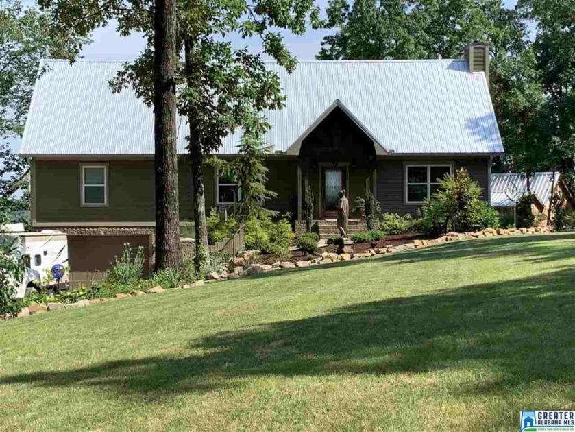 Property for sale at 1047 Country Rd, Warrior,  Alabama 35180