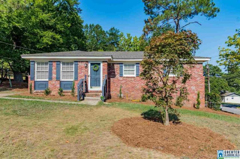 Property for sale at 100 Marsey Ln, Homewood,  Alabama 35209