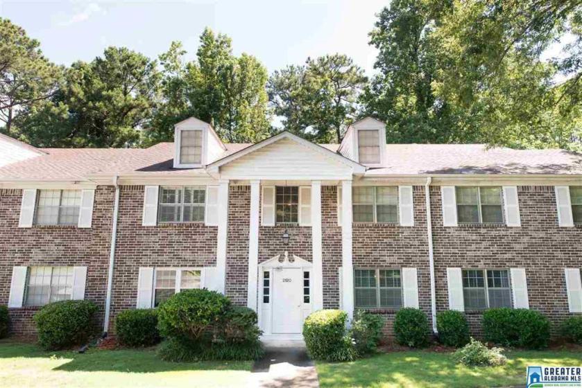 Property for sale at 2120 Montreat Ln Unit D, Vestavia Hills,  Alabama 35216