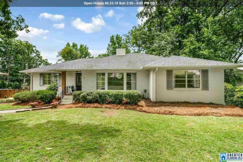 Property for sale at 1849 Southwood Rd, Vestavia Hills,  Alabama 35216