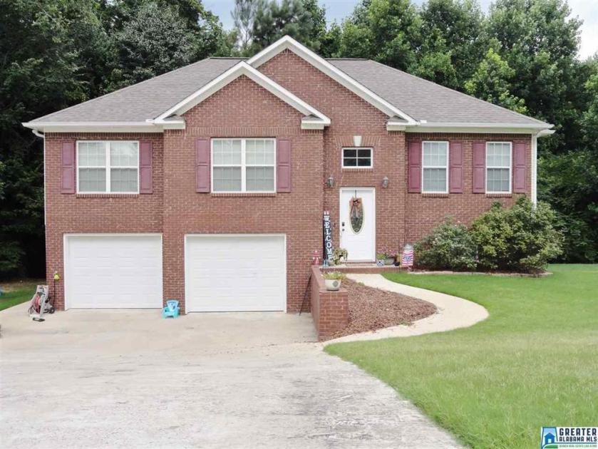 Property for sale at 116 Thornberry Pkwy, Hayden,  Alabama 35079