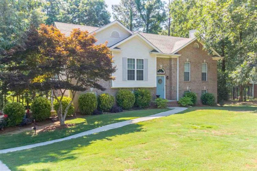 Property for sale at 113 Brynhurst Dr, Chelsea,  Alabama 35043