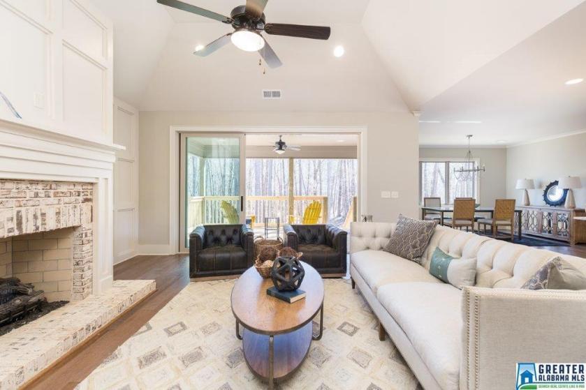 Property for sale at 2504 Scarlet Ln, Hoover,  Alabama 35242