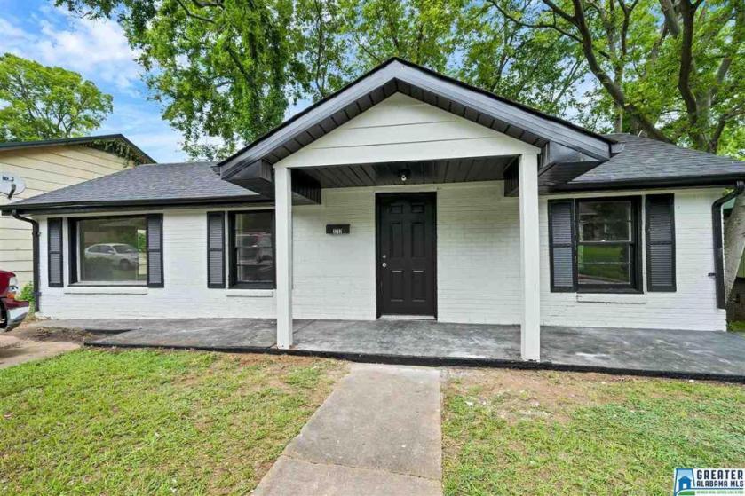 Property for sale at 1717 32nd St N, Birmingham,  Alabama 35234