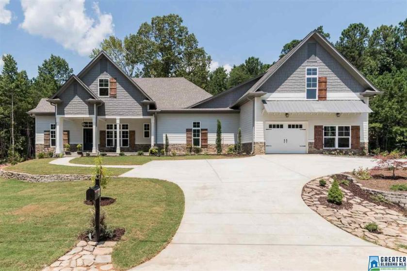 Property for sale at 351 Signal Valley Trl, Chelsea,  Alabama 35043