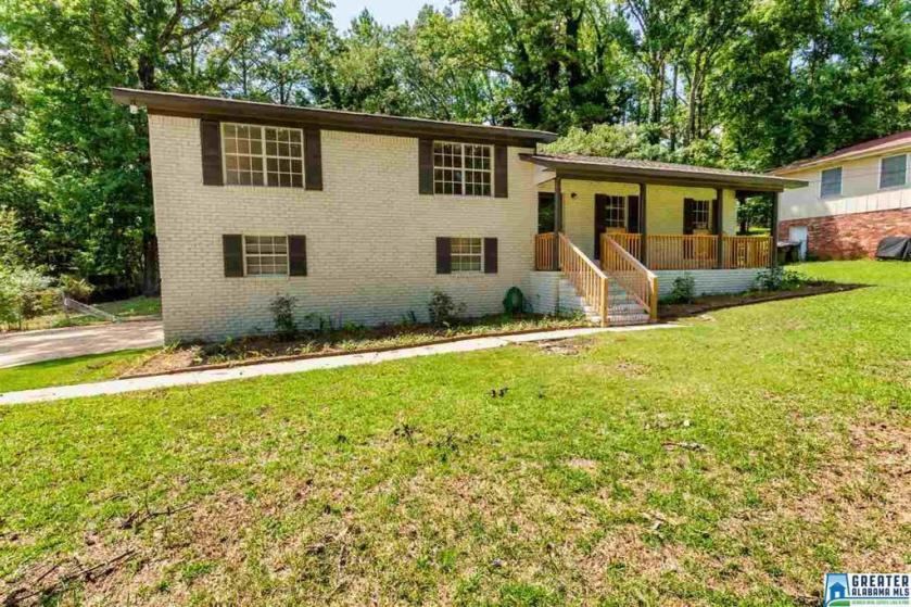 Property for sale at 1904 3rd Pl NE, Center Point,  Alabama 35215