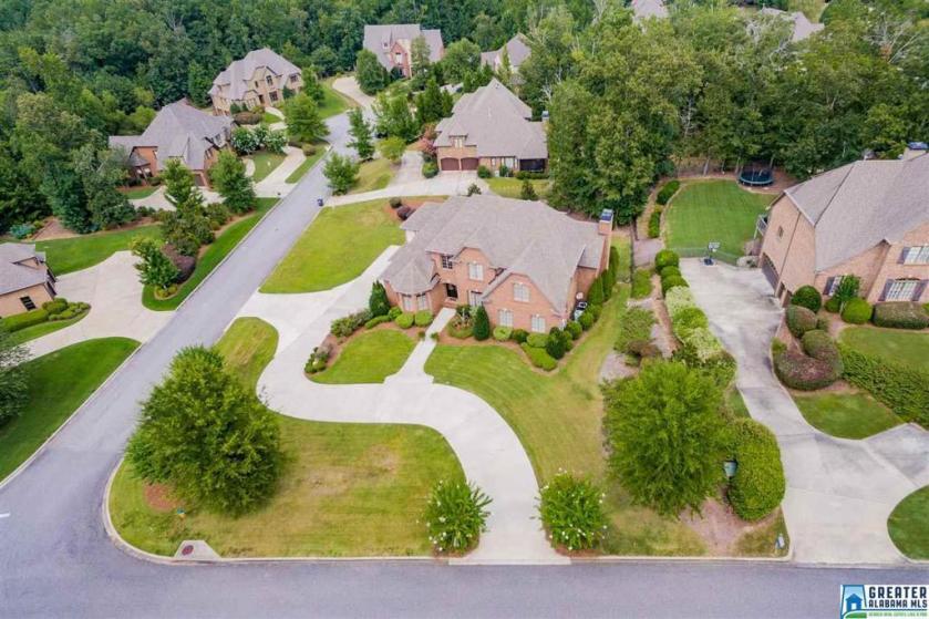 Property for sale at 1386 Legacy Dr, Hoover,  Alabama 35242