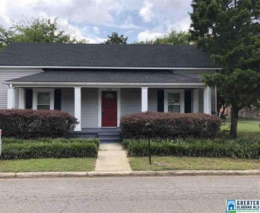Property for sale at 226 20th St S, Irondale,  Alabama 35210
