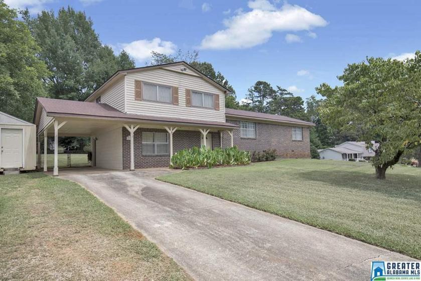 Property for sale at 2339 Applewood Dr, Center Point,  Alabama 35215