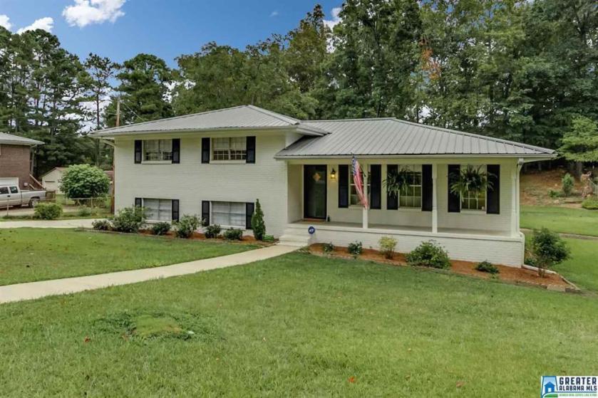 Property for sale at 305 13Th St, Alabaster,  Alabama 35007