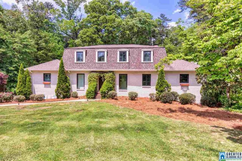 Property for sale at 2700 Altadena Rd, Vestavia Hills,  Alabama 35243