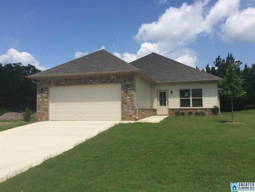 Property for sale at 112 Brookside Way, Calera,  Alabama 35040
