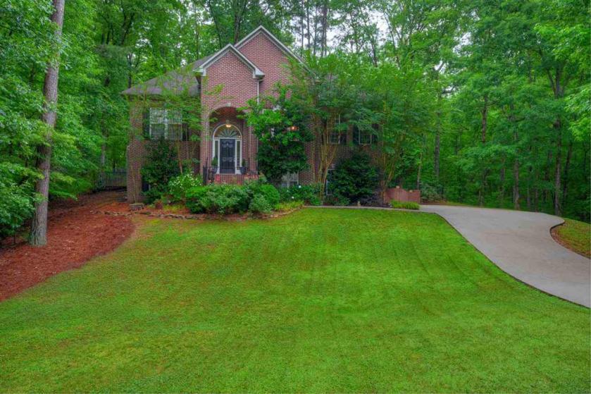 Property for sale at 135 Brynhurst Dr, Chelsea,  Alabama 35043