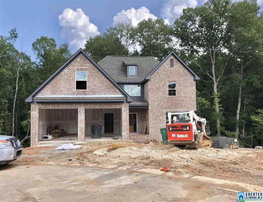 Property for sale at 201 Ambergate Cir, Pelham,  Alabama 35124