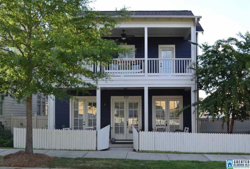 Property for sale at 717 Restoration Dr, Hoover,  Alabama 35226