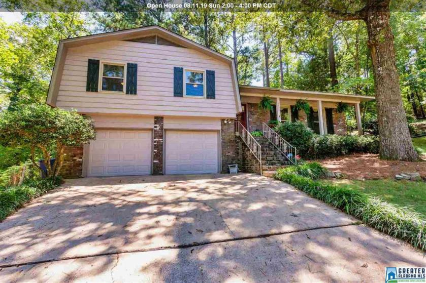 Property for sale at 3430 Heather Ln, Hoover,  Alabama 35216