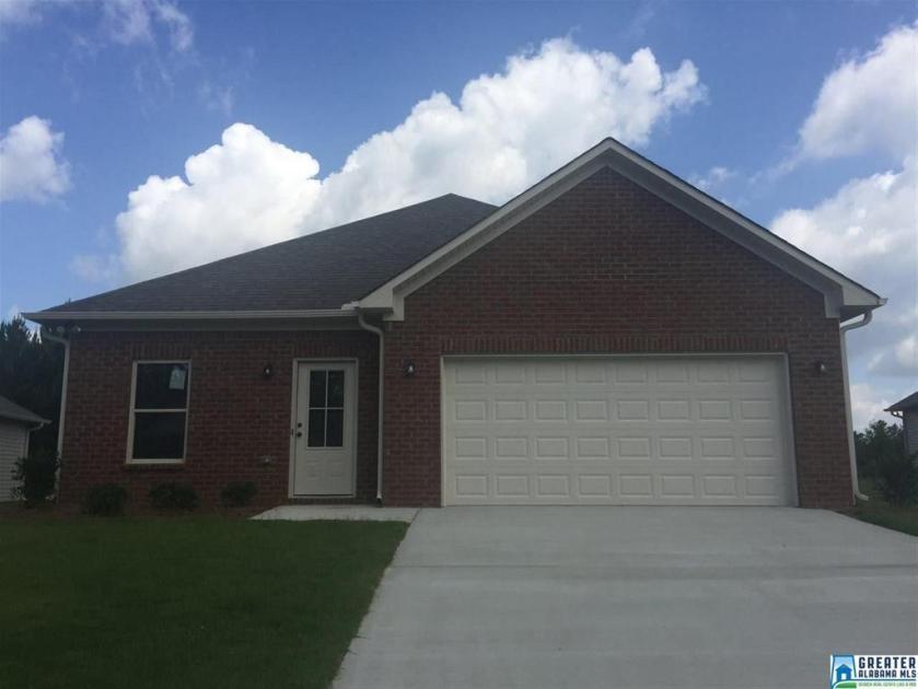 Property for sale at 104 Brookside Way, Calera,  Alabama 35040