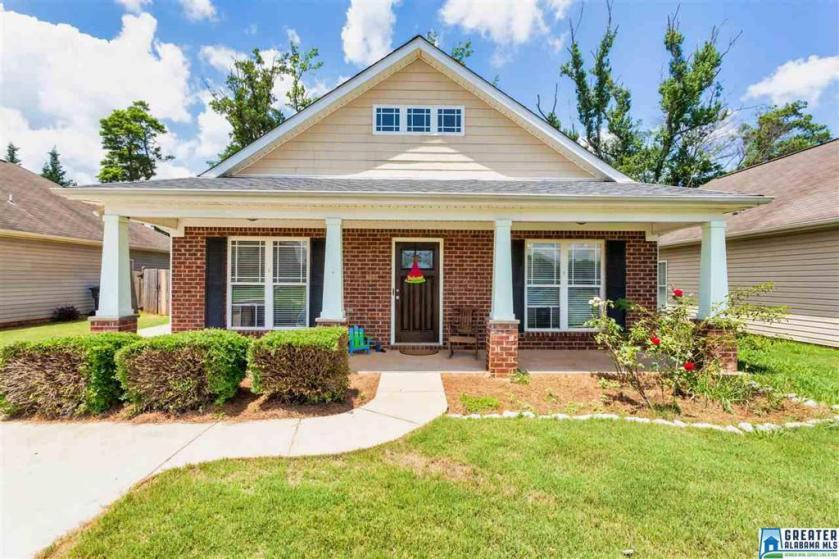 Property for sale at 208 Stonecreek Pl, Calera,  Alabama 35040