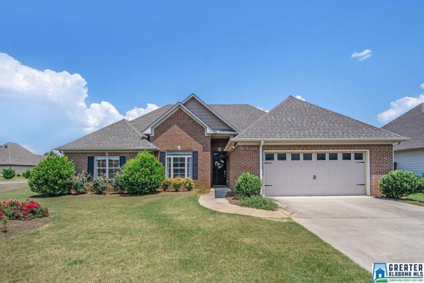 Property for sale at 1126 Silver Creek Ln, Alabaster,  Alabama 35007