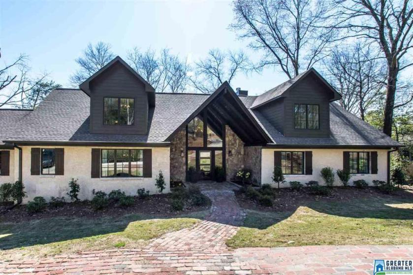Property for sale at 313 Vesclub Dr, Vestavia Hills,  Alabama 35216