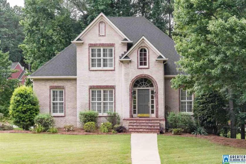Property for sale at 315 Oak Trc, Hoover,  Alabama 35244