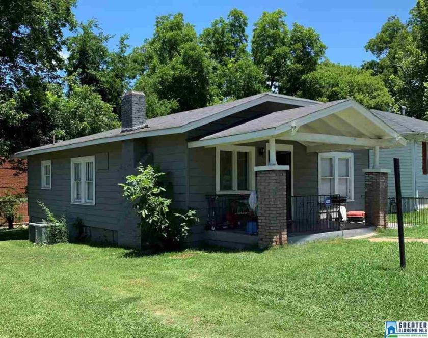 Property for sale at 1348 Fulton Ave, Tarrant,  Alabama 35217