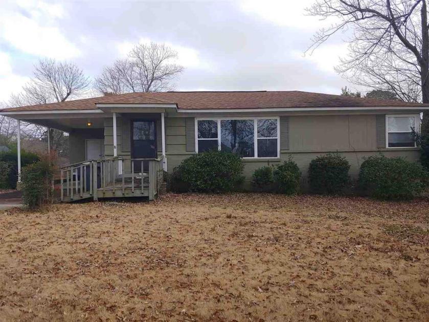 Property for sale at 3205 Ridgely Ct, Vestavia Hills,  Alabama 35243