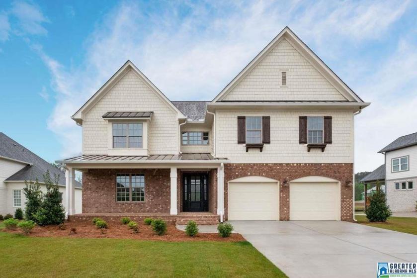 Property for sale at 909 Stonecrest Ct, Vestavia Hills,  Alabama 35242