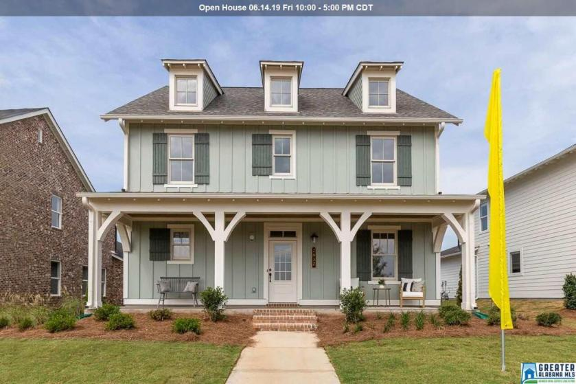 Property for sale at 2832 Falliston Ln, Hoover,  Alabama 35244