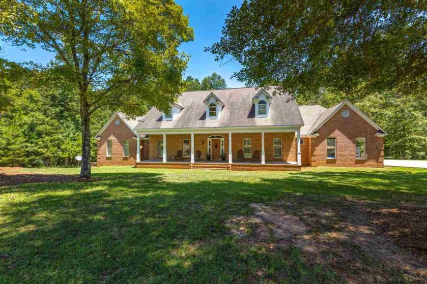 Property for sale at 341 Red Maple Dr, Columbiana,  Alabama 35051