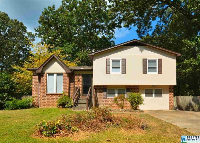 Property for sale at 295 Fran Dr, Alabaster,  Alabama 35007