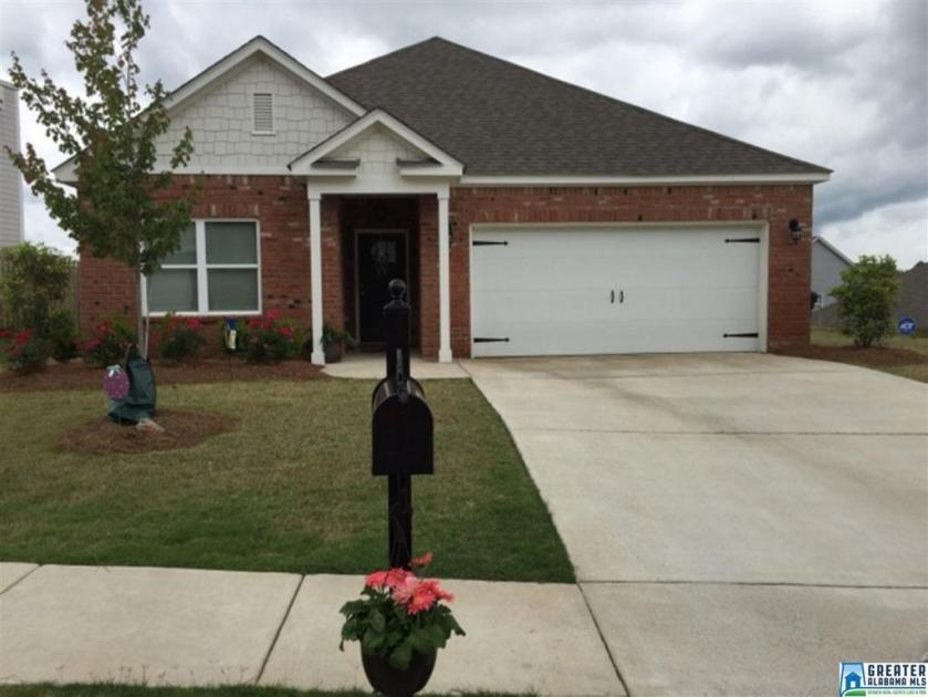 Property for sale at 1129 Pine Valley Dr, Calera,  Alabama 35040
