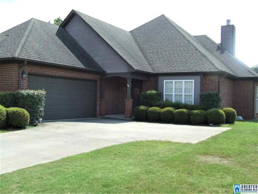 Property for sale at 297 Creekside Ln, Pelham,  Alabama 35124