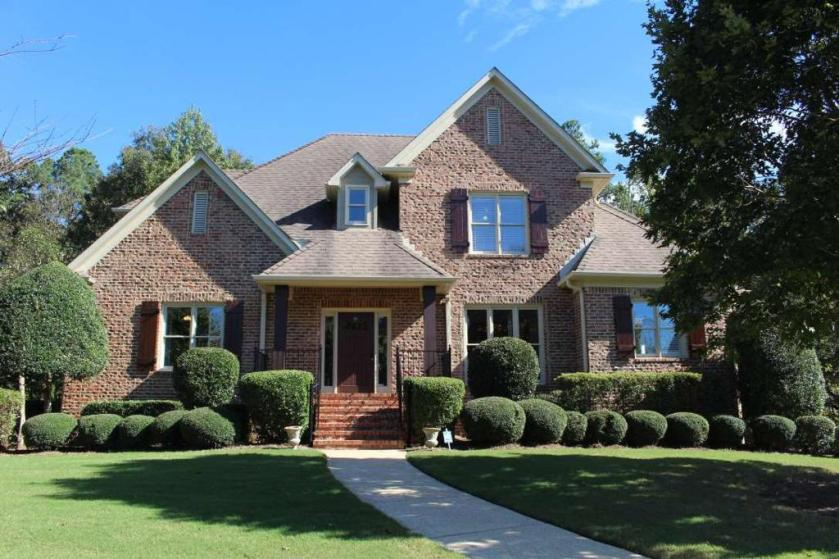 Property for sale at 1041 Lake Colony Ln, Vestavia Hills,  Alabama 35242