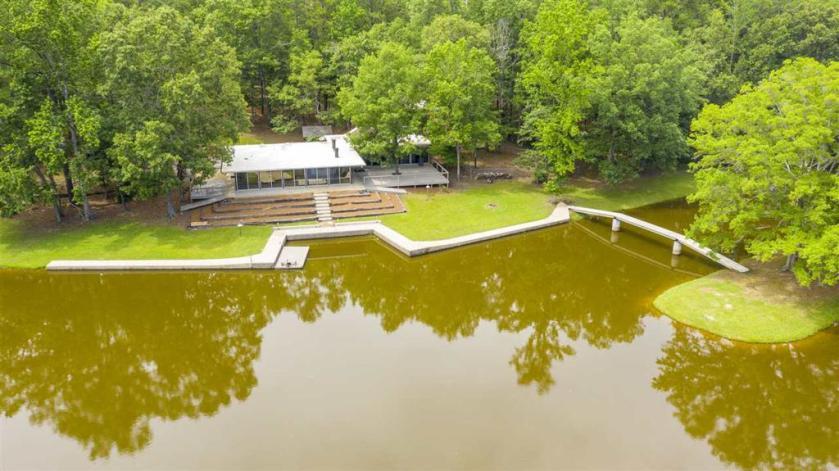 Property for sale at 1476 Sumner Ln, Columbiana,  Alabama 35051