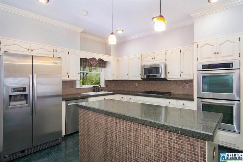 Property for sale at 3093 Brookhill Dr, Birmingham,  Alabama 35242